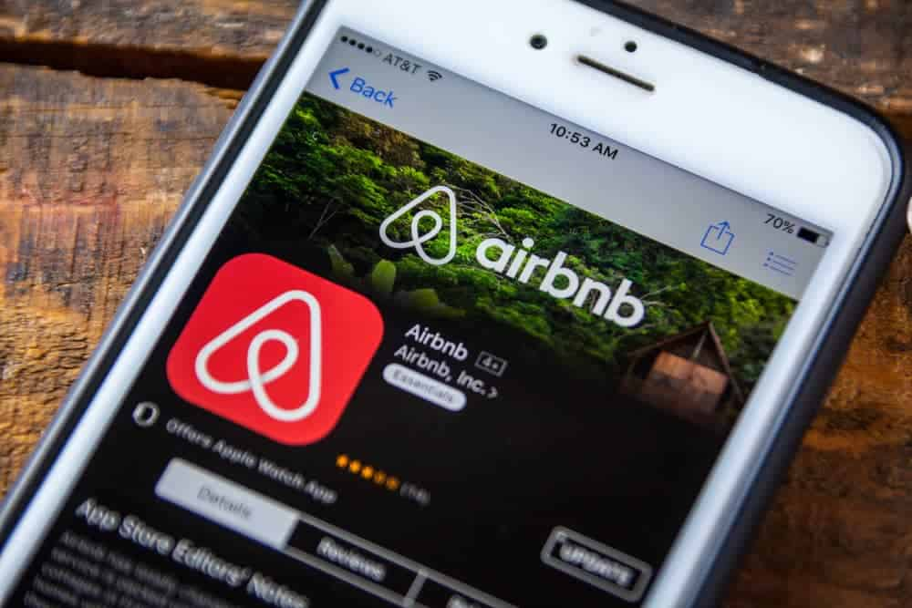 the airbnb affiliate program